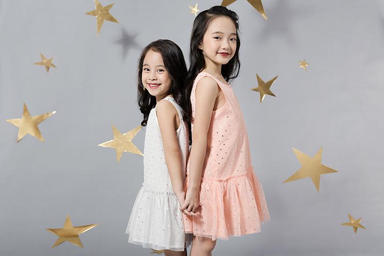 Cách chọn váy (đầm) cho bé gái gầy