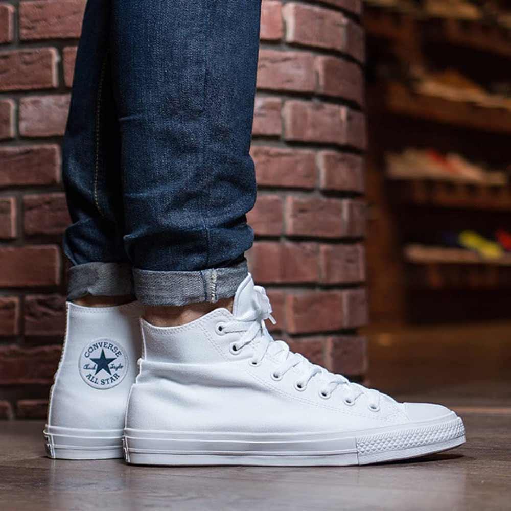 cách làm sạch giày vải canvas trắng